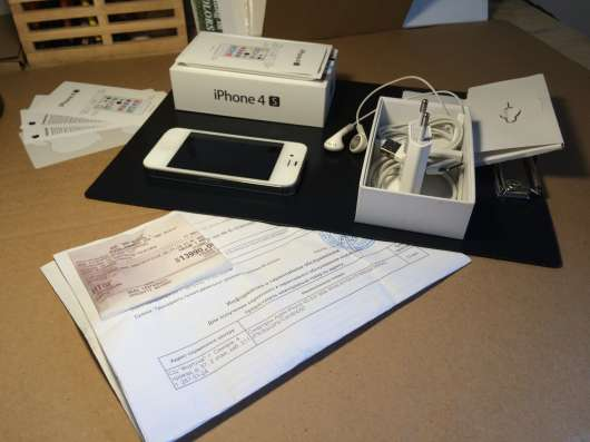 Продам свой iPhone 4S 8 Gb