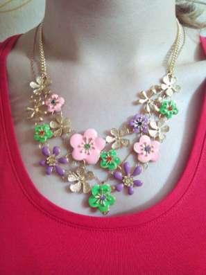 Ожерелье с цветами, разноцветная эмаль