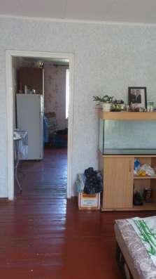 В Кропоткине на Радиострое 2-комнатная квартира на земле на