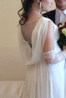 Свадебное платье, шубка, перчатки