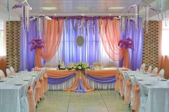 Оформление свадебного зала тканями, цветами, шарами в Пензе Фото 3