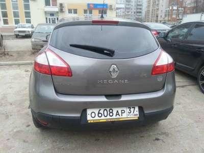 автомобиль Renault Megane