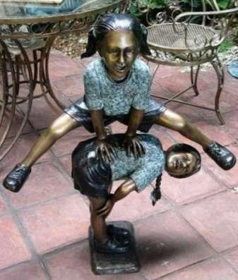 "скульптура ""Беззаботное детство&q"