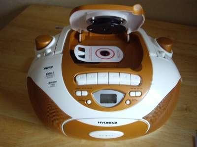 портативный радиоприемник Hyundai Н-1412