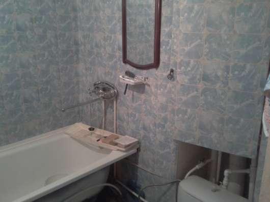 Продаю двухкомнатную квартиру на ул. Миллеровской