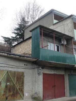 Продается 2-х этажный гараж ул.Октябрьская г.Алушта Фото 1