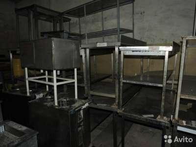 торговое оборудование Столы кухонные из нержаве