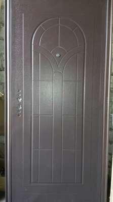 Продаются входные металлические двери